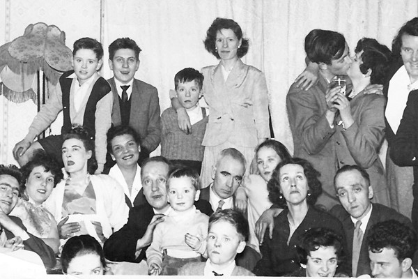 "Nitshill Memories ""Family, Friends and Neighbours"" Nitshill Memories"